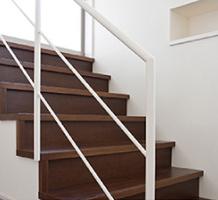 スチール製L型階段
